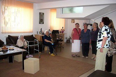 """Дом за стари хора """"Долче Вита"""" - Старчески дом до Бургас"""